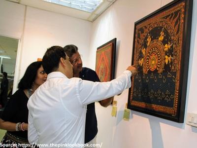 art-dealer